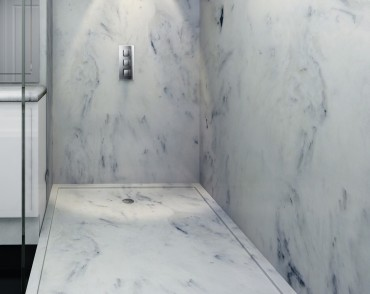 White marble shower with panels and shower tray