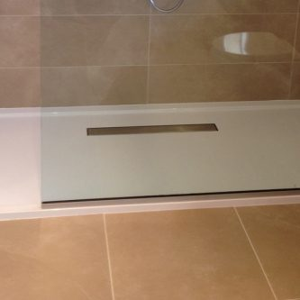 Shower Tray in Pure White Solid RAL Finish